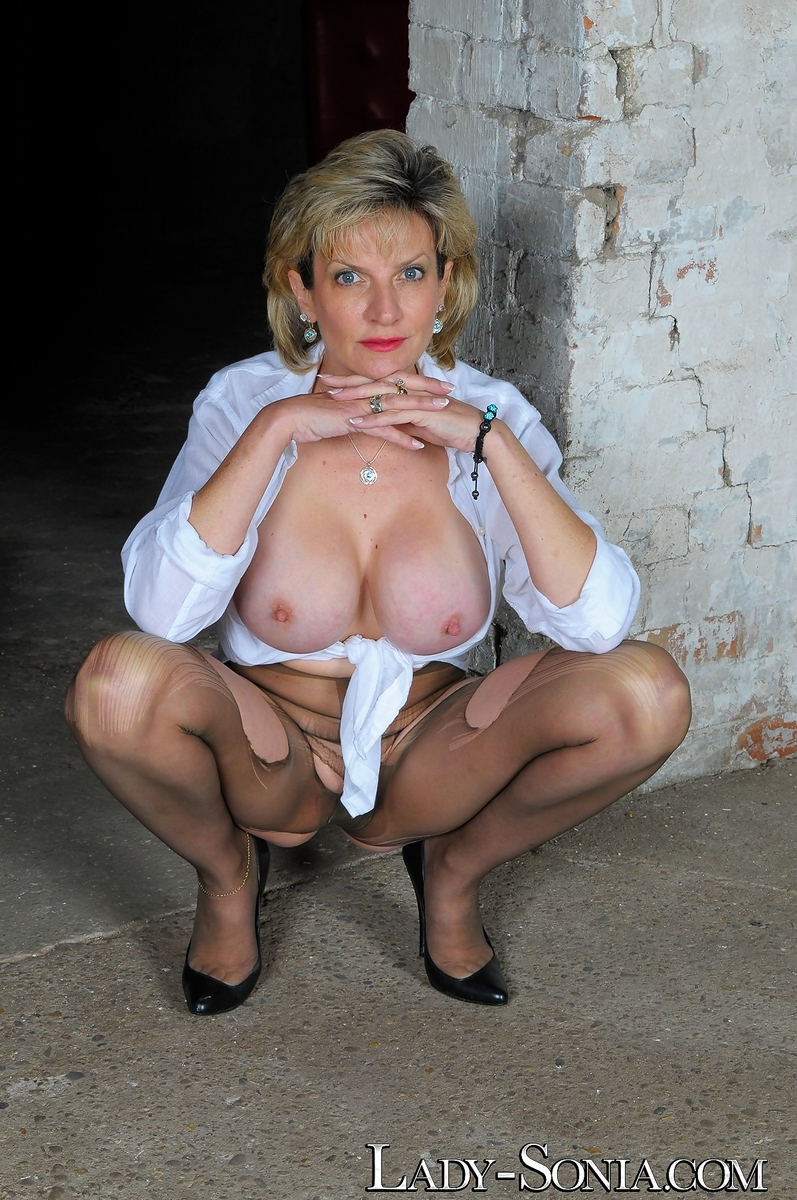 Ripped Pantyhose Pics Join 64